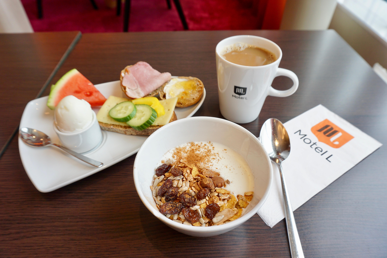 breakfast at motel l hammarby sjöstad